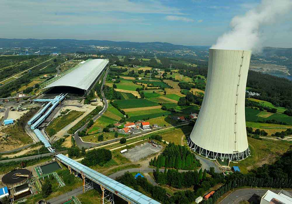 Aerial photograph of the Meirama Thermal Power Plant (A Coruña)